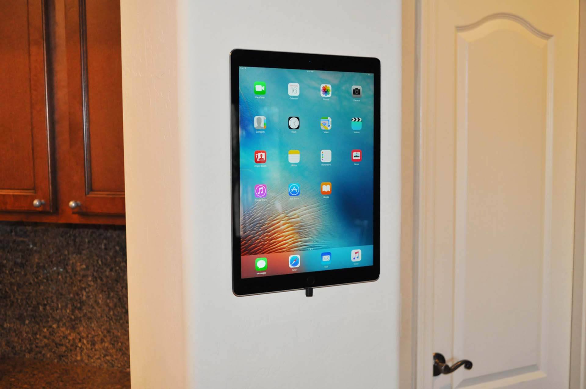 S Mount Tablet Wall Mount Intuitive